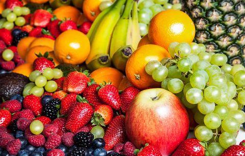 Frukt til elvene som vi holder leksehjelp